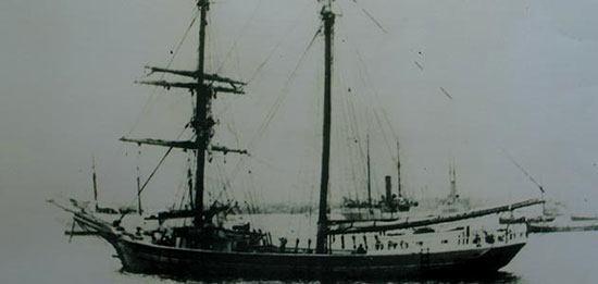 kapalhantu2