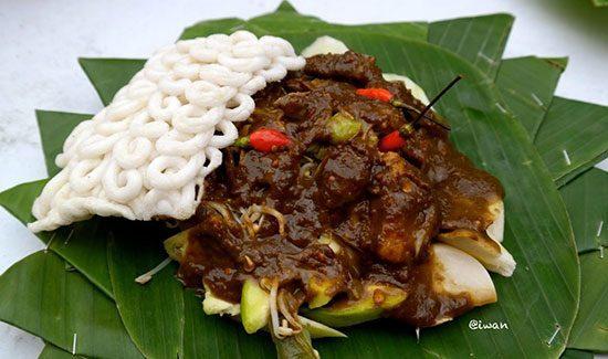 makanankhassurabaya9