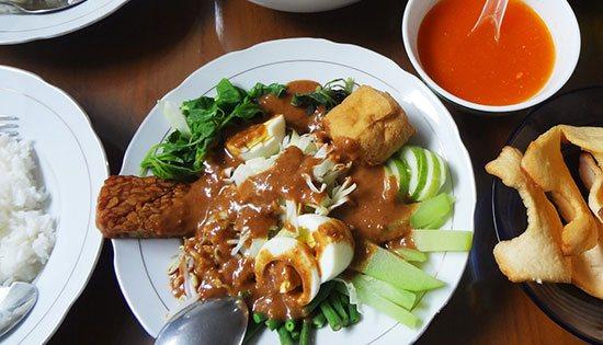 10 Makanan Enak Indonesia Ini Ternyata Mahal Kalau Dibeli Di Luar