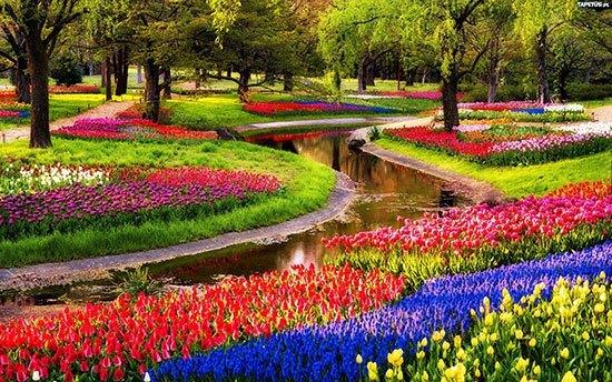 10 Taman Bunga Paling Cantik Di Dunia Tentik