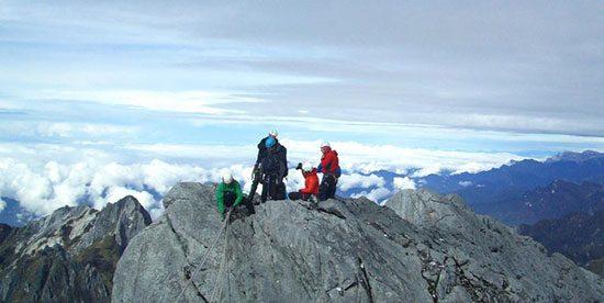 gunungtertinggididunia6