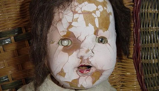 Tak Sekedar Film 10 Boneka Terseram Ini Benar Benar Hidup Tentik